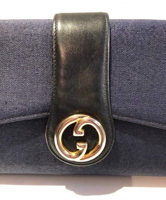 1970s Gucci Logo navy blue clutch bag - image 2