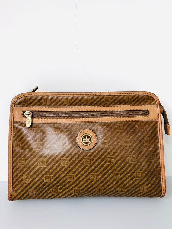 Emilio Pucci patent purse hand bag clutch