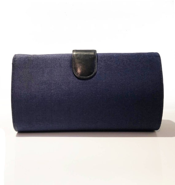 1970s Gucci Logo navy blue clutch bag - image 3