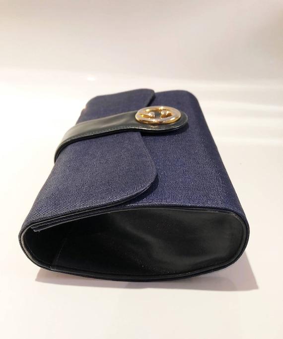 1970s Gucci Logo navy blue clutch bag - image 5