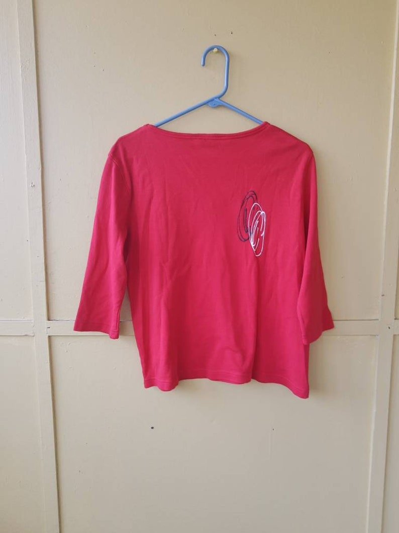 Vintage Abstract New Wave Spiral Tee