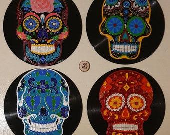Recycled vinyl record adaptable to Mexican skull wall clock - Calavera - Dia de los muerto