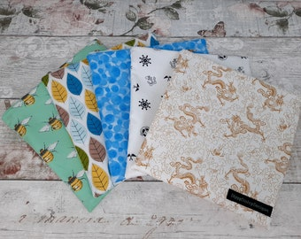 Reusable Storage Bag for Face Masks and Coverings, Washable and Waterproof Zip Pouch