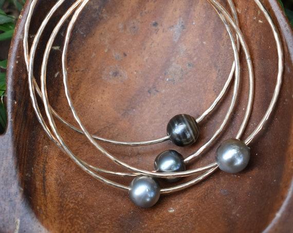 Tahitian pearl bangles