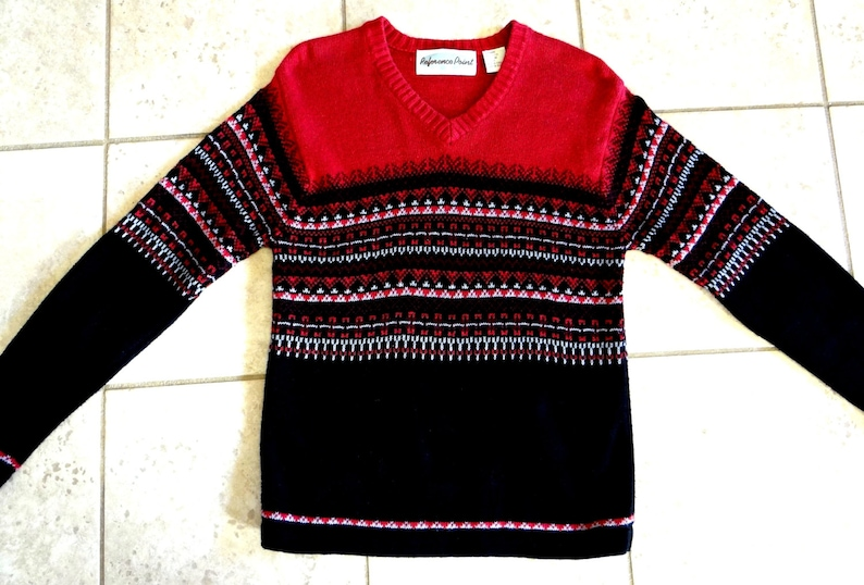 307ae121542 Vintage Nordic Style Red and Black V-Neck Pullover Womens