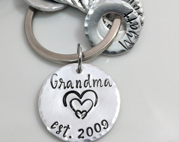 Grandma Gift- Hand Stamped Metal-Personalized Keychain-Names-Grandkids-Mom Gift-Heart-Mother's Day-Family Names-Customized Keychain