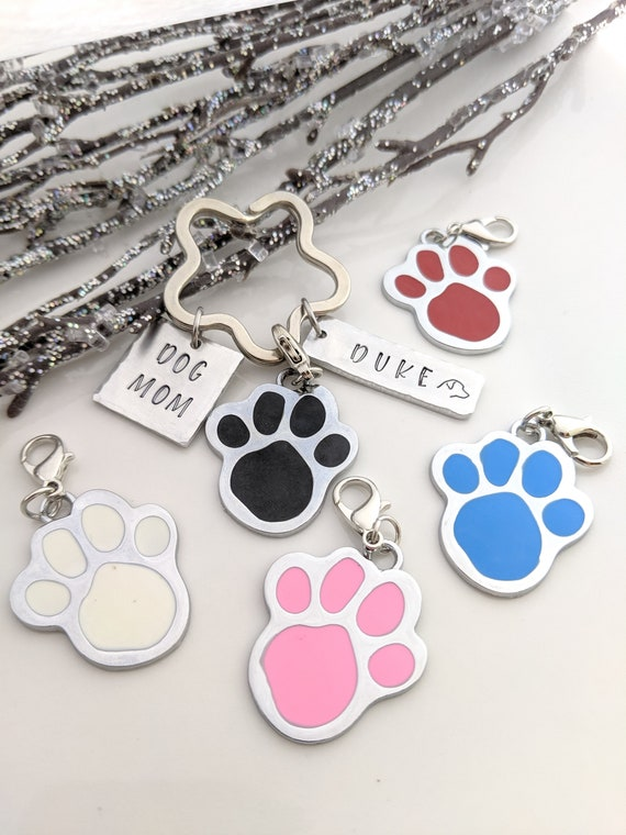Dog Mom - Personalized Keychain - Dog Lover Gift - Best Dog Mom - Fur Mom - Customized - Dog Dad Gift - Pet Keychain