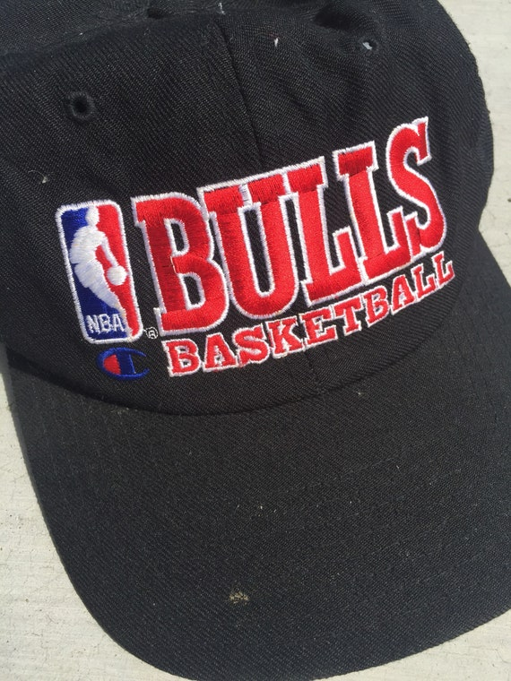 7a9bff7a839 Vintage Chicago Bulls Hat 90 s