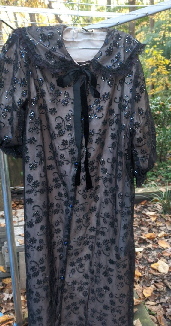 Robe Vintage Elegant Negligee Dressing Gown