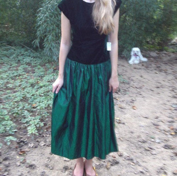 Green Prom Dress Velvet Vintage Cocktail Dress or