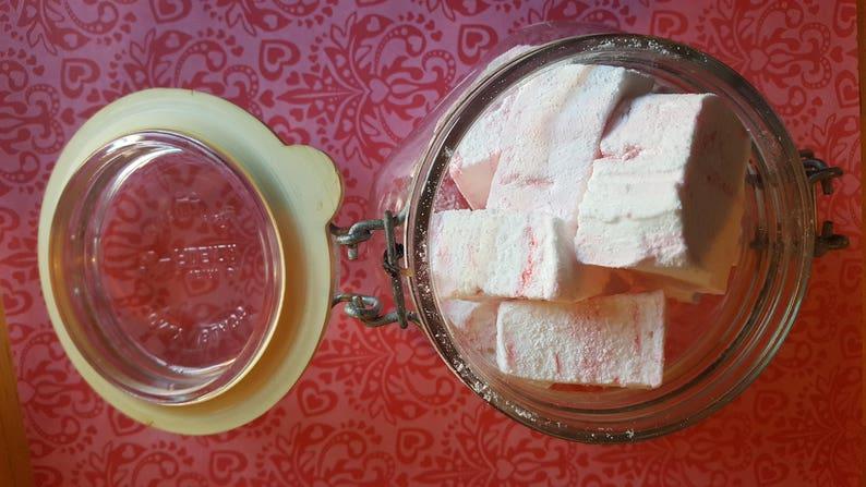 Peppermint Marshmallows   1 dozen Gourmet homemade image 0