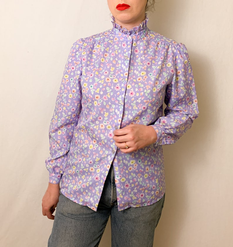 Vintage Lilac Floral Ruffle Nech Button-Up Blouse