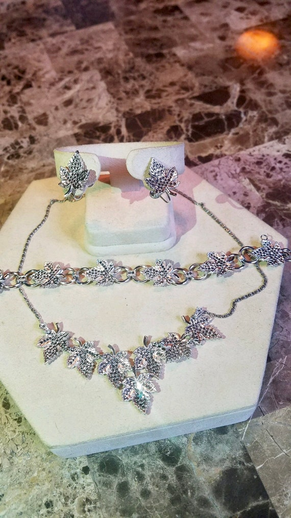 Art Deco sterling silver and marcasite  leaf necklace bracelet and screw back earring parure