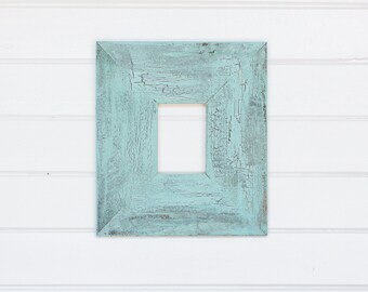 "5x7  6"" Painted Barnwood Frame - Blue, Green, White, Coral"