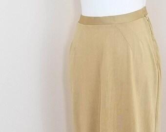 70s // Golden hour slink skirt