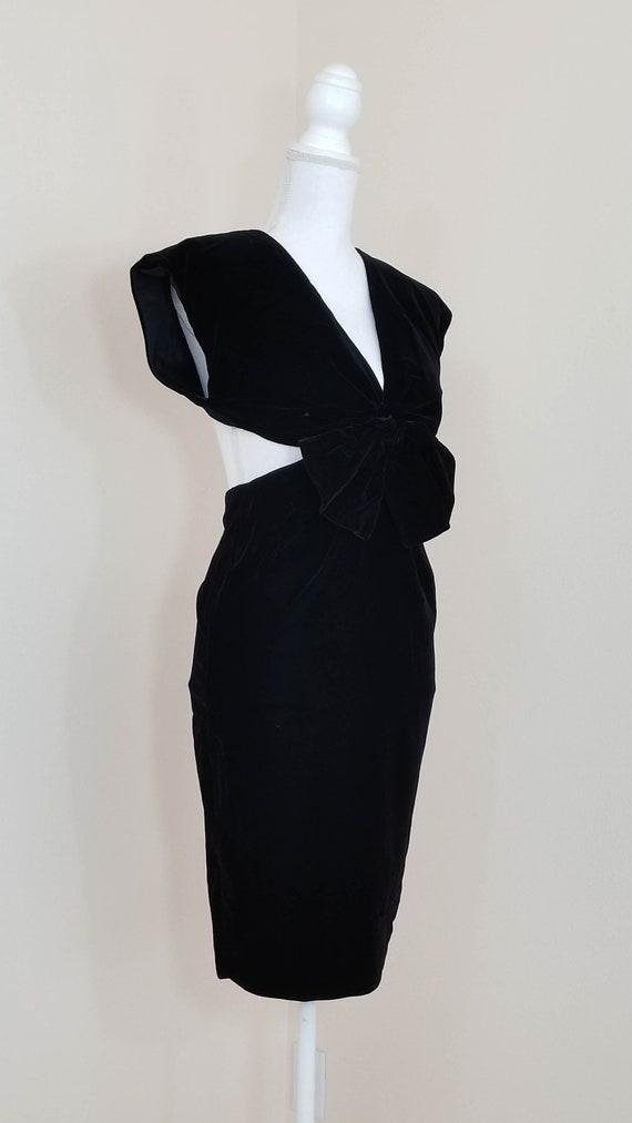 80s // Nightshade velvet pencil dress
