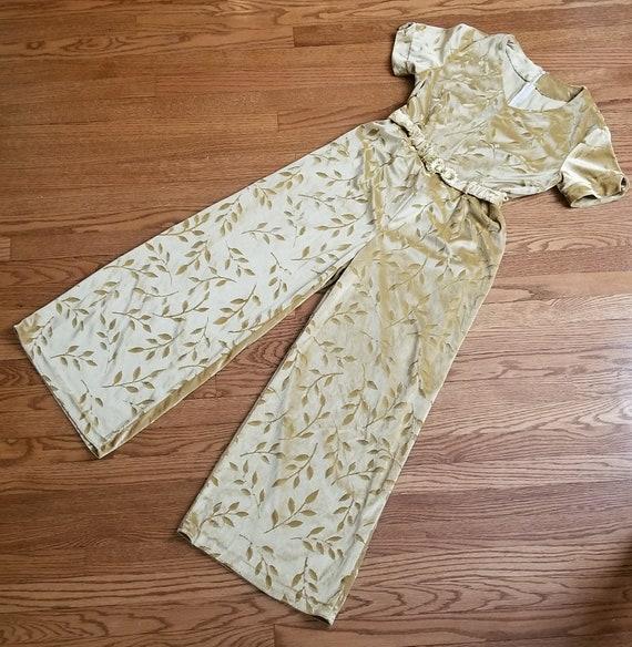 80s // The velvet lounge jumpsuit