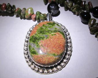 necklace/pendant... Unakite in sterling silver...