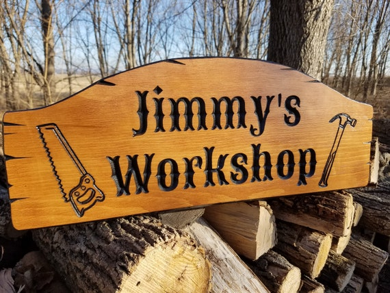 Workshop Sign Personalized Wooden Carved Hammer Saw Images Dad's Gift Housewarming Engraved Plaque Anniversary Groomsmen Gift Pine 756