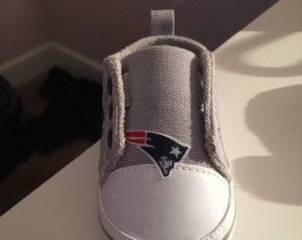 Loley pops newest creation Patriots baby shoes - this creation is made by  me and not affiliated with NFL 22894d7da