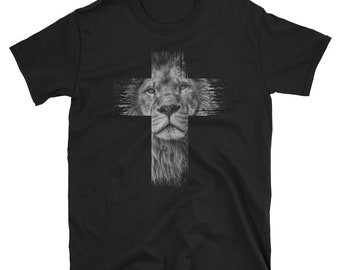 301fb2ed0ac0 Christian Shirts Lion T-Shirt with Cross Christian Gifts Idea Jesus shirt -  Christian Gifts for Women & Men - Lion of the Tribe of Judah