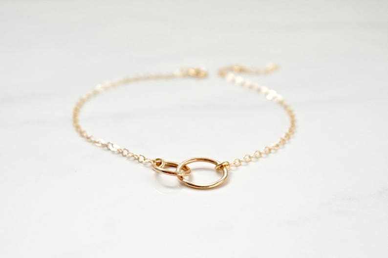 Gold Layering Bracelet Everyday Bracelet Gold Filled Circle Friendship Bracelets Dainty Minimal Stacking Mom and Daughter Jewelry
