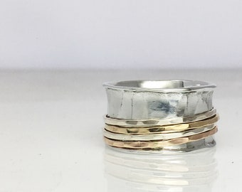 Tri Color Hammered Band Spinner Ring