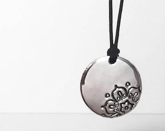Mandala Jewelry, Mandala, Mandala Pendant, Boho Necklace, Yoga Necklace, Bohemian Jewelry, Bohemian Necklace, Silver Mandala, Pendant