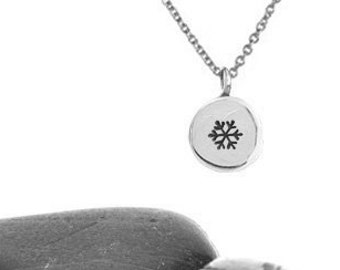 Snowflake Pendant, Christmas Necklace, Winter Necklace, Snowflake Jewelry, Winter Jewelry, Winter Wedding, Silver Snowflake