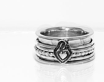 Mother and Child Charm Spinning Ring
