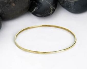 basic hammered stacking bangle