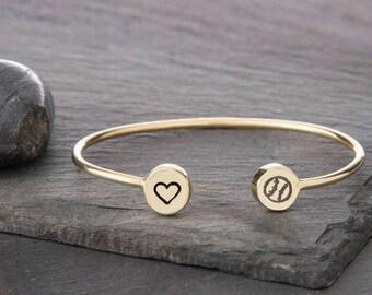 Softball Jewelry, Softball, Softball Gift, Softball Mom, Sports Jewelry, Softball Player Gift, Sports Bracelet, Team Gift