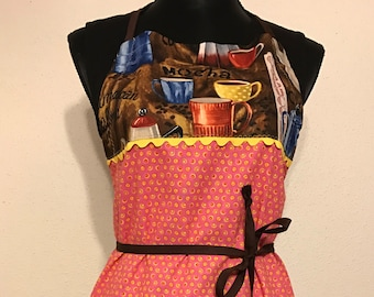 "Women's Full Apron ""A Cup of Cappuccino"""