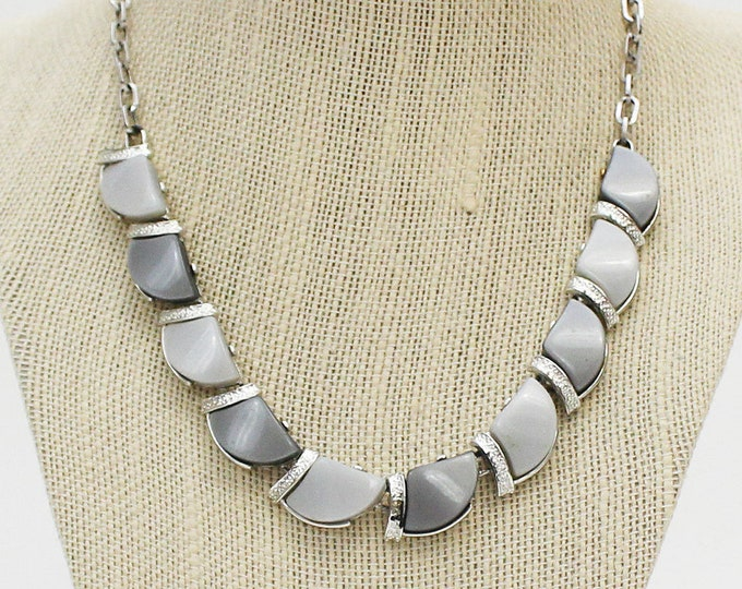 Monochromatic Grey Thermoset Necklace - Vintage 1950s Two Tone 17 Inch Necklace
