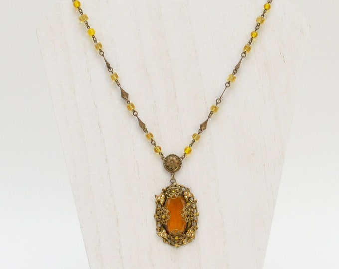 Art Deco Amber Necklace - Vintage 1930s Pendant Necklace