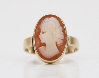 Antique Gold Cameo Ring - Size 5.5 Vintage 14K Gold Ring