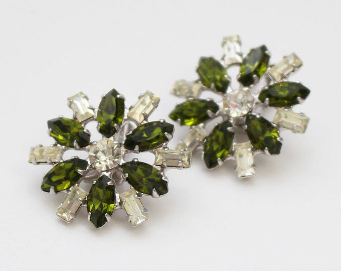 Green Rhinestone Flower Earrings - Vintage 1960s B David Clip Ons