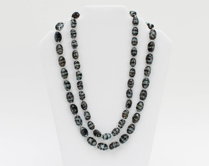 Vintage 1960s Beaded Art Glass Necklace - 24 Inches