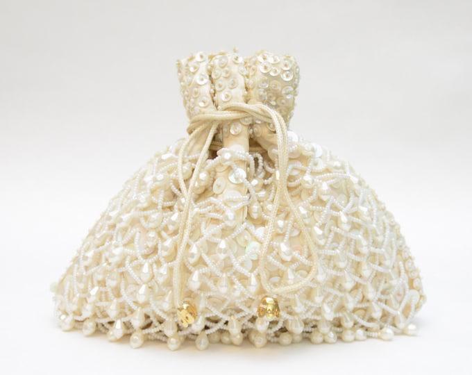 Vintage Cream Drawstring Beaded Bag - 1960s