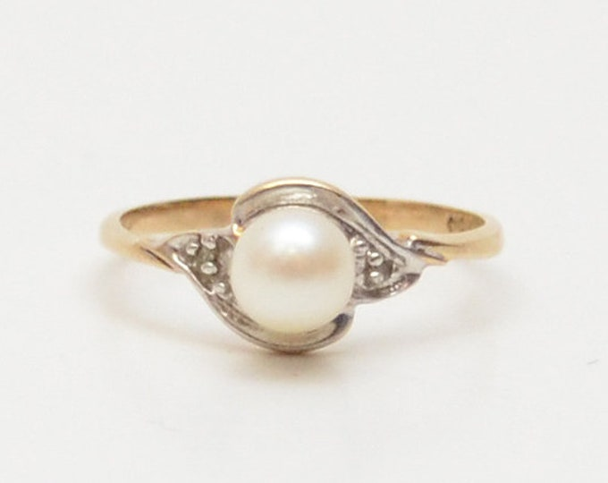 Vintage 10K Gold Pearl Solitaire Ring - Size 6
