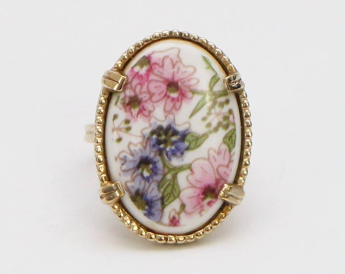Vintage 1960s Boho Floral Ring - Adjustable Size