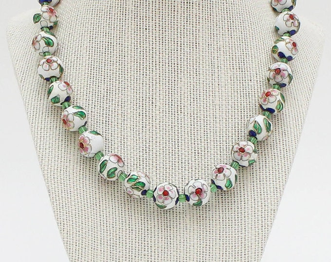 Vintage 1960s White Floral Cloisonne Enamel Beaded Necklace - 18 Inch