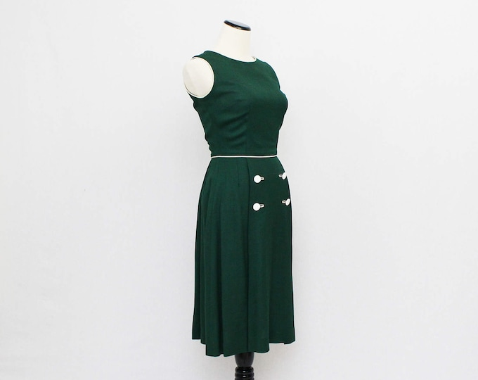 60s Hunter Green Linen Day Dress - Size Small Vintage 1960s Green Flared Skirt Dress
