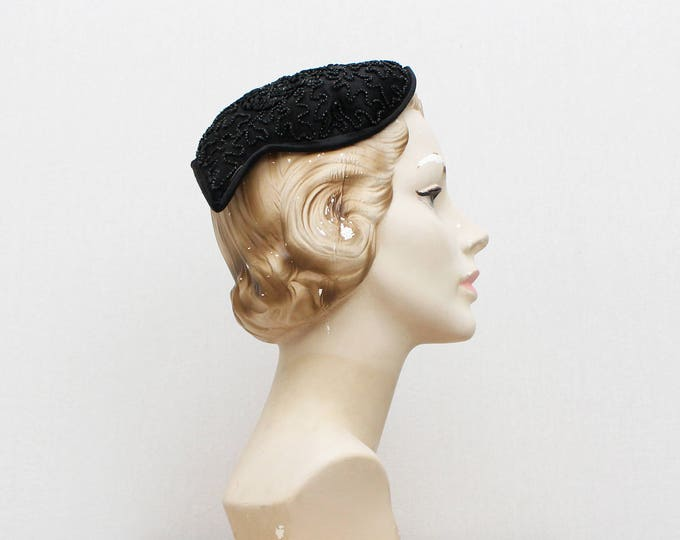 Vintage 1940s Black Beaded Casque Hat