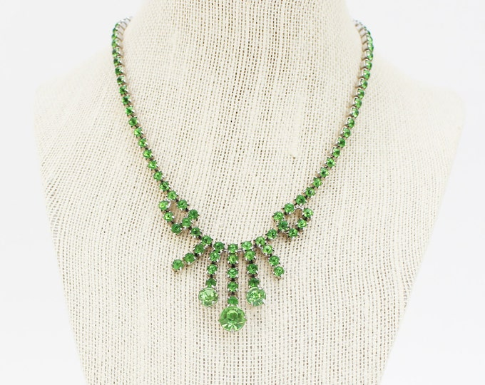 Green Rhinestone Necklace - 15 Inch Vintage 1950s Peridot Green Necklace