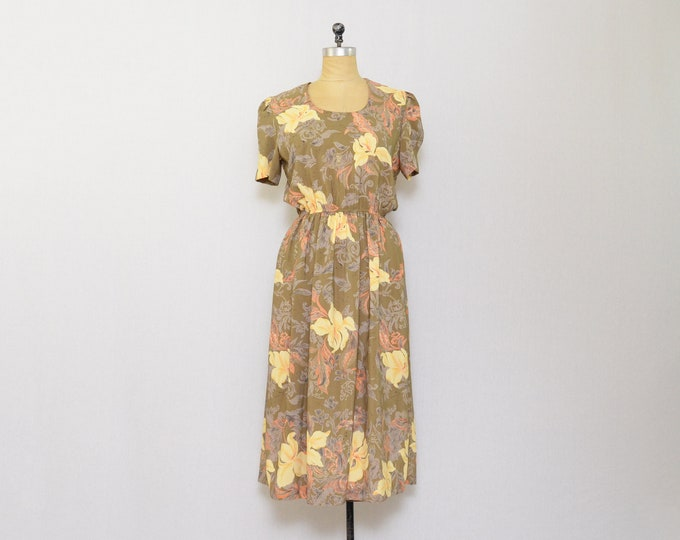 Vintage 1970s Mocha Floral Dress - Size Medium