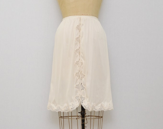 Vintage 1970s Lace Trim Skirt Slip - Size Medium