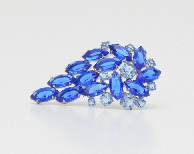 Vintage 1950s Sapphire Blue Rhinestone Brooch