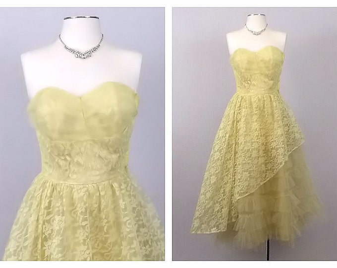 Pale Yellow Lace Cupcake Dress - Size 0 Tiered Tulle Ruffle Wedding Gown - Vintage 1950s Strapless Sweetheart Neckline Dress