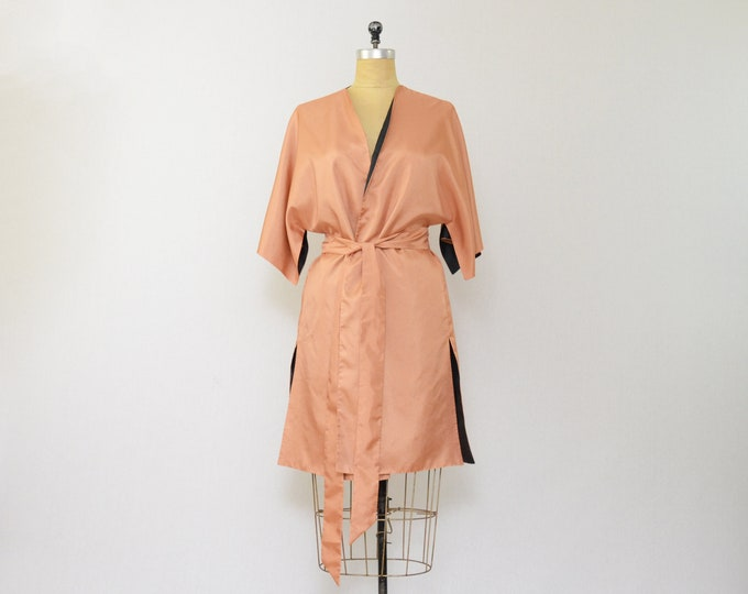 Vintage Tan and Black Kimono Style Robe - Size Medium
